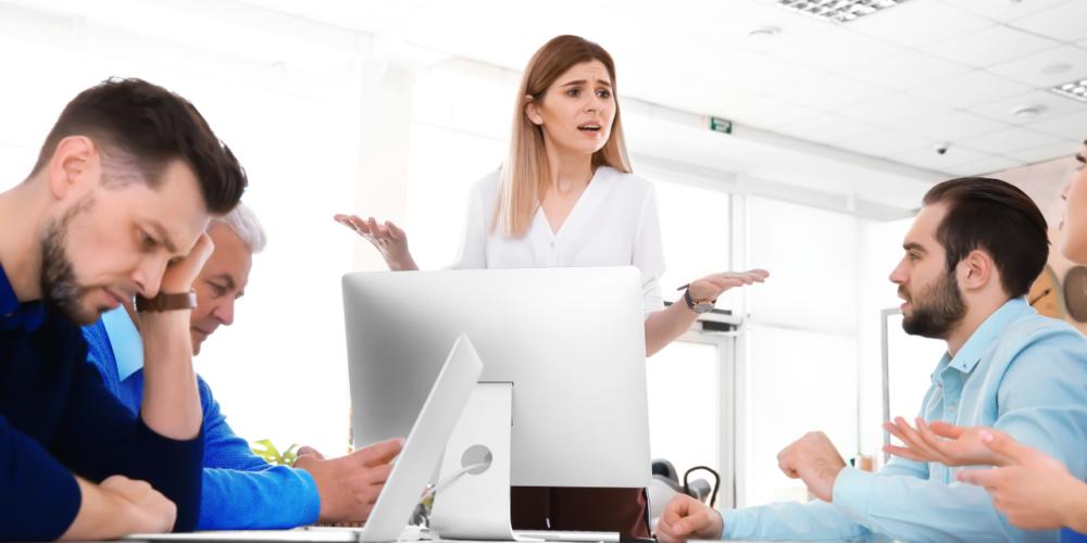Señalar hechos, el peor camino para sobrellevar una discusión en el trabajo.